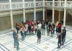Los estudiantes del IES Ricardo Ortega, de Fuente Alamo, escuchan las explicacion